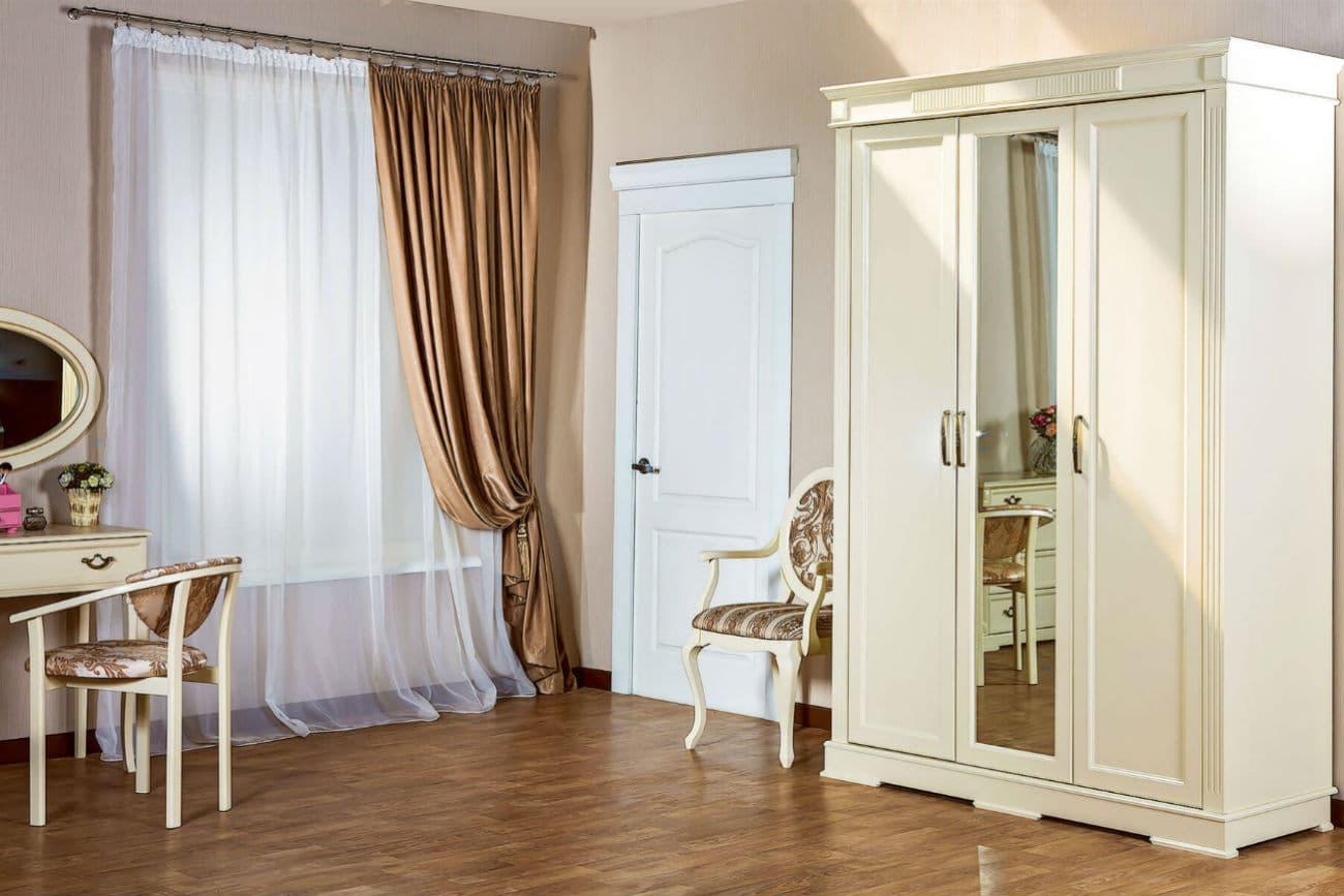 Kleiderschrank «Viktoria» mit 3 Türen, Stuhl «Elegant» und Armsessel «Elegant»