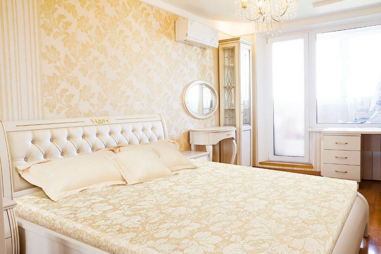Schlafzimmer mit dem Bett «Fürstin»