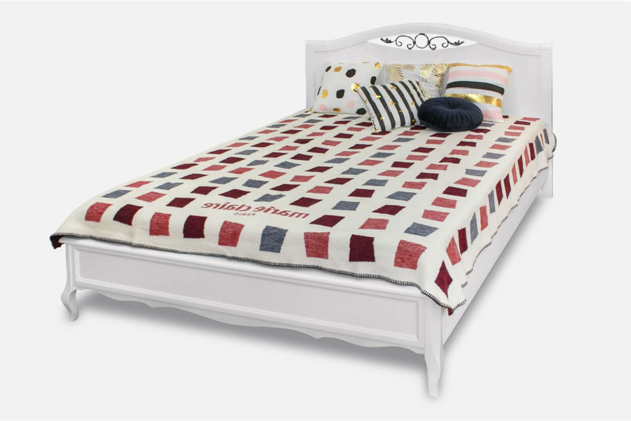Doppelbett «Sofia» mit Schmiede, aus dem Massiv einer Erle, weiß getönt